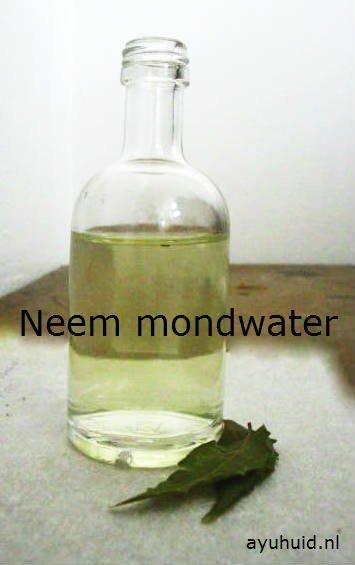 Vaak Natuurlijke Neem Mondwater zonder alcohol. Heeft geen bijwerkingen &CU03