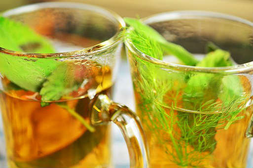 pepermunt thee tegen puistjes